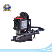 Moule de pressage automatique à haute précision pour sertissage des bornes