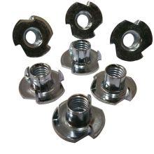 emboutis métalliques rivetés avec trois écrous en T