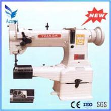 Máquina de costura industrial da raça do shuttle das três e meias vezes
