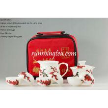 Fleur à la prune rouge peinte à la main avec Magpie, Set de thé portable / Voyage, Gaiwan, Pichet, 6 tasses + pince à cheveux