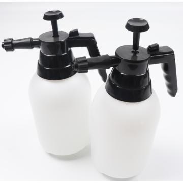 Пенный распылитель с белым насосом объемом 1,5 л