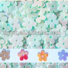 Paillettes de fleur de PVC S259, paillettes de fleur de PVC d'arc-en-ciel S90, paillettes de forme de fleur multicolore