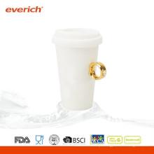 Novo chega uma caneca de café cerâmica personalizada