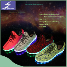 Niños y Adultos Yeezy Boost Flykint LED Light Shoes