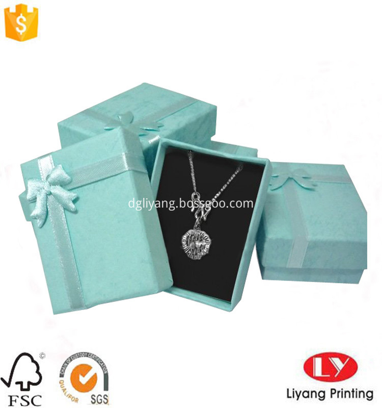 necklace jewellry box