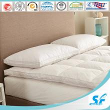 Cubierta de colchón de la pluma del ganso del precio de fábrica de la alta calidad
