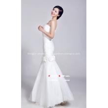 Vestido de novia de cola de pez blanco