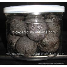 Pelado solo diente de ajo negro