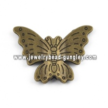 Beautiful butterfly shape alloy pendant necklace