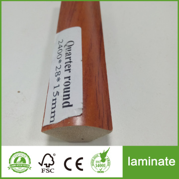Laminate moldings round quarter