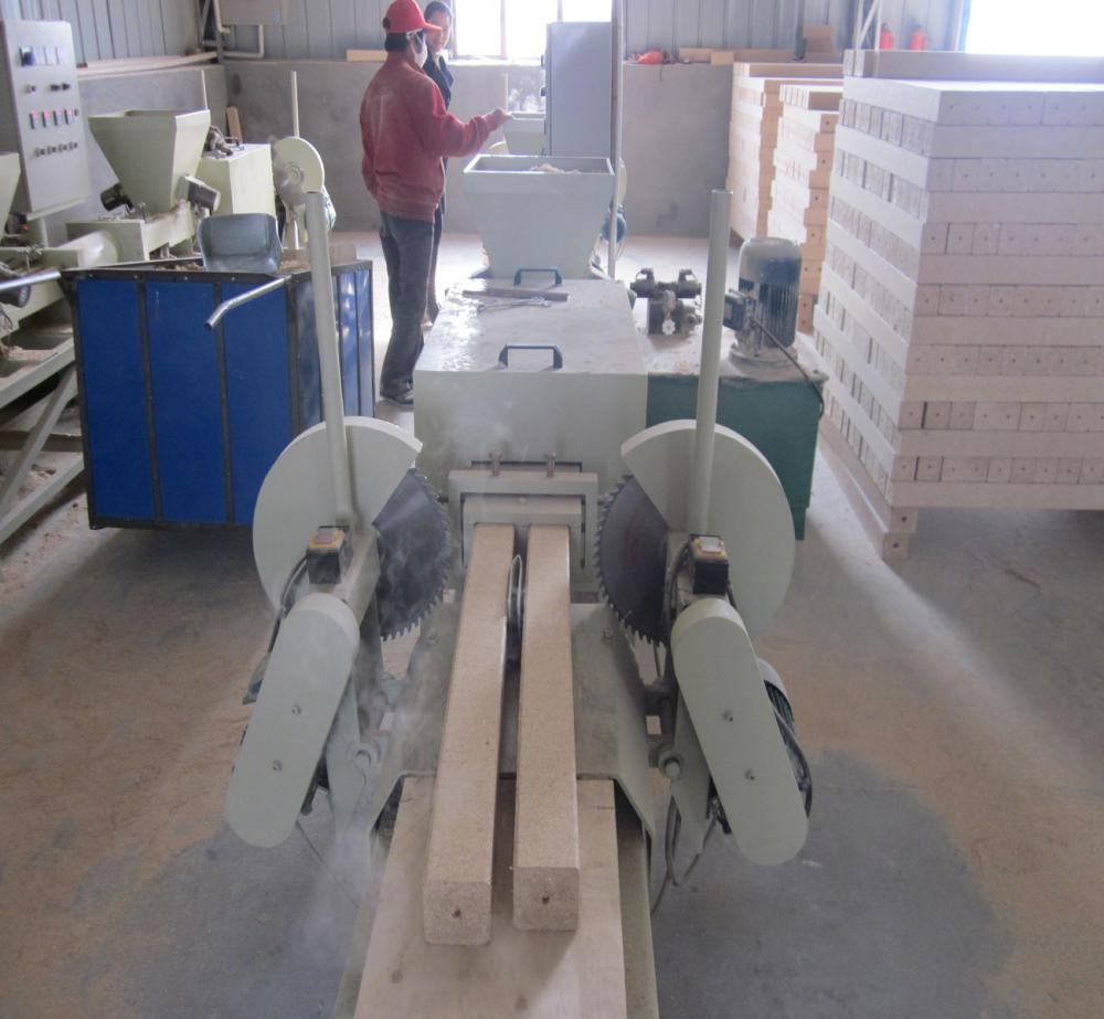 4 heads wood shavings pallet block machine