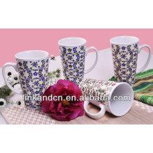 Tasse de café en céramique bleue