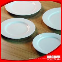 Ресторан & Отель белая фарфоровая тарелка и различные фарфоровые изделия