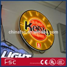 Montaje pared muestra llevó muestras de letra de iluminación para la promoción