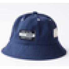 Chapéu da cubeta da forma / têm um chapéu da borda