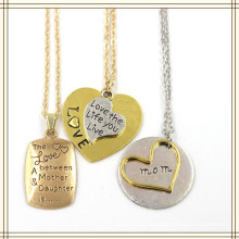 Geprägte Herz-Quadrat-Buchstabe-Anhänger Modeschmuck Halskette