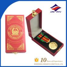 Precio de fábrica de color personalizado Souvenir Cheap Finisher Medals