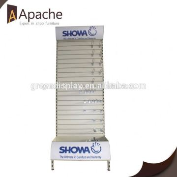 Stable performance FCL rotating display stand with hooks