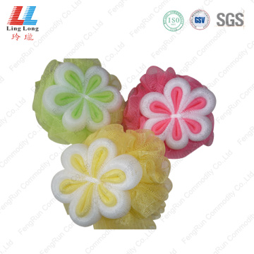Flower style mesh smooth sponge ball