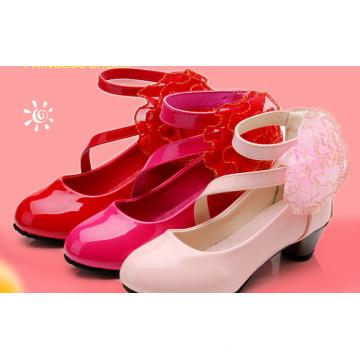 Zapatos de princesa Zapatos de varios colores de niños Zapatos de niños nuevos