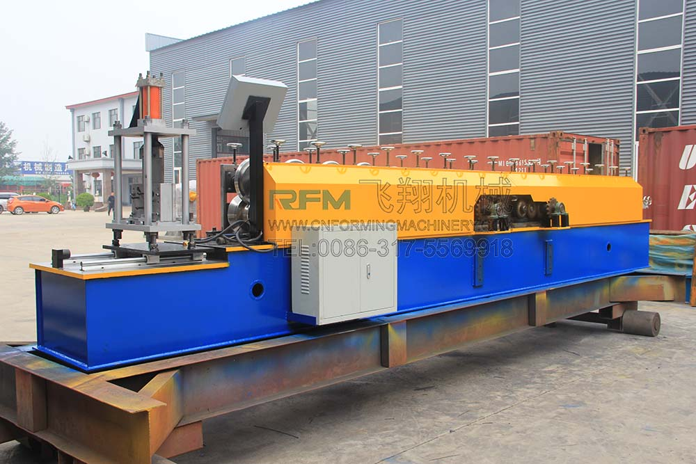 CD και UD Light Keel Making Machine