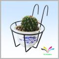 Manufacturer hot sale fashion garden metal flower pot shelf