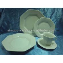 Vaisselle en porcelaine blanche 30pcs avec forme spéciale pour BS2121