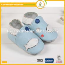High quality lovely fish pattern genuína pele de carneiro couro real sapatos de bebê 2016