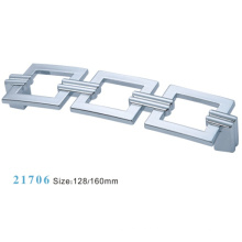 Aleación de zinc de muebles de hardware Tirar manija de gabinete (21706)