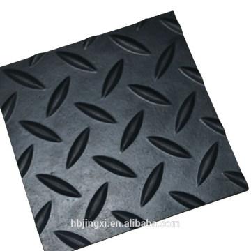 Feuille en caoutchouc anti-dérapante de saule / diamant pour le tapis de sol