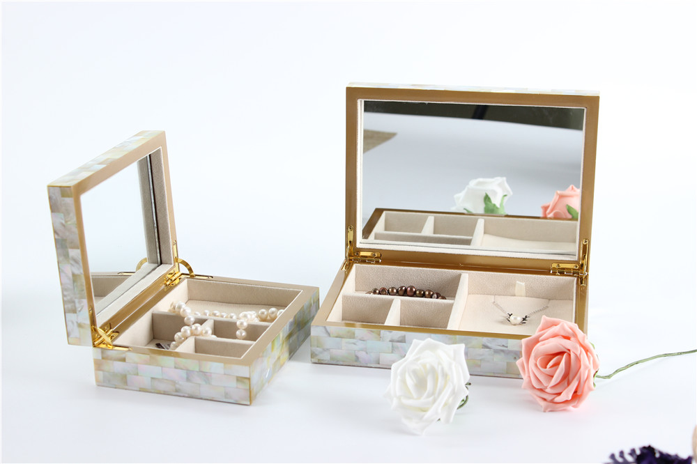 golden mother of pearl jewlery box