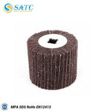 Roda de aba não tecida 30x25 com haste para metal e madeira