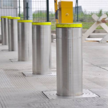 Automatic Hydraulic Bollards With Flashing LED Light