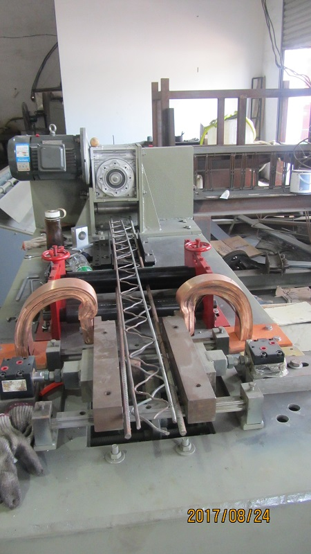 steel rods truss mesh machine for building (6)