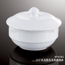 Gobelet de porcelaine blanche chinoise de bonne qualité