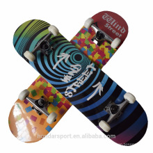 Cheap popular customized complete skateboards for distribution