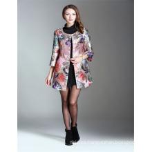 El color de rosa caliente por encargo de la venta que rebordea las mujeres bordadas 2017 del bordado vende al por mayor el abrigo largo del foso