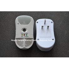 5 in 1 Digital Ultrasonic Technology Pest Repeller With Outlet And Led Light
