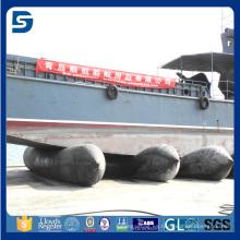 nave de viaje pesado que levanta el airbag marino