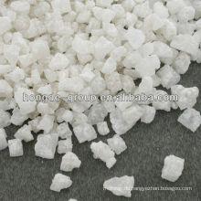Eis schmilzt Salz für Straße