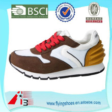 Sapatas running da estabilidade das senhoras, mulheres que funcionam a sapatilha