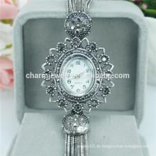 Späteste Luxuxart und weise fancy Skeleton Legierungs-Armbanduhr für Frauen B024