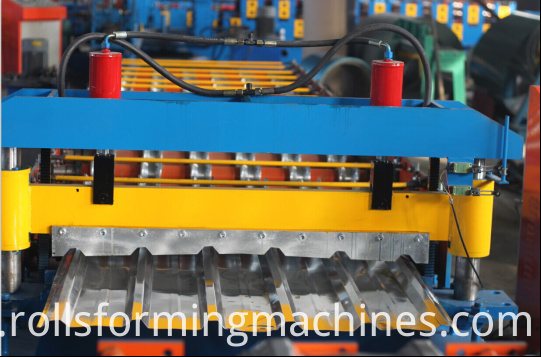 1025 wall panel forming machine