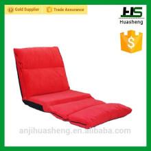 Clic clac canapé-lit dans le salon et la chambre à coucher