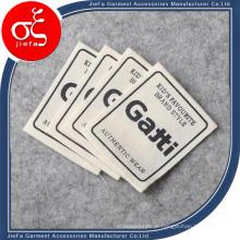 Impressão do logotipo da marca em tela de preço de fábrica para etiqueta de roupas