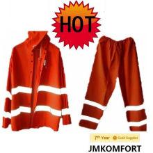 Red Reflective Plastic PVC Rain Suit for Roadway (JMC-211G)