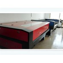 Máquina automática de corte e gravação a laser de alta velocidade para tecido