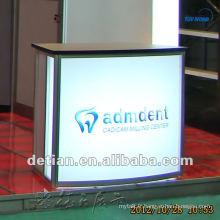 La conception modulaire de table de réception d'OEM a fait des bureaux faits sur commande d'accueil