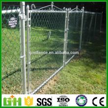 Alibaba China Puertas de la cerca revestidas del PVC / puerta de la cerca de las puertas de yarda