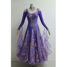 Фиолетовое гладкое бальное платье на продажу